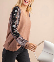 Load image into Gallery viewer, Leopard & Floral Detail Waffle Knit Top