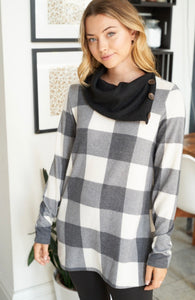2497 - Plus Talon Plaid Pullover
