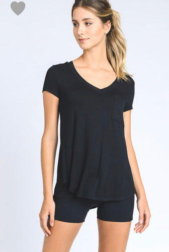 1307 - Basic Black Vneck Tee