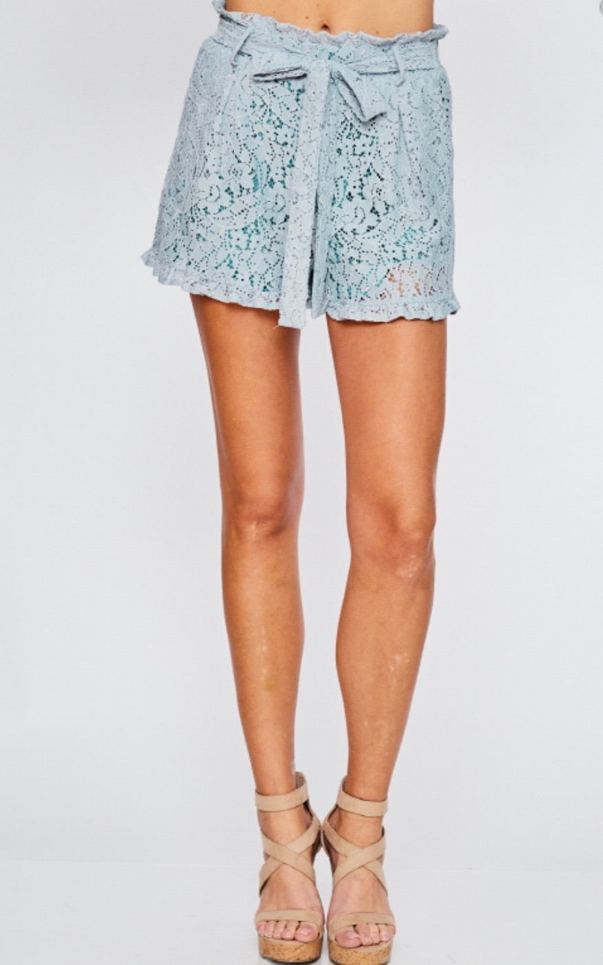 1273 - Lace Ruffled Belted Shorts