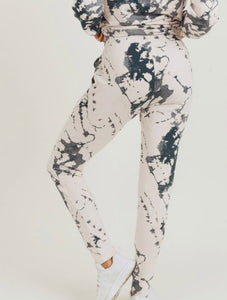 2532 - World is your Canvas Active Jogger
