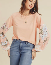 Load image into Gallery viewer, 2649 - Ryleigh Floral Sleeve Top