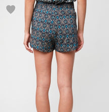 Load image into Gallery viewer, 1187 - Sasha Relaxed Fit Sash Shorts