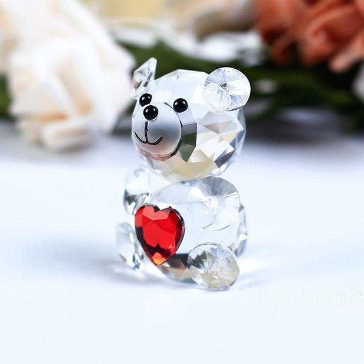 Vintage mini Bear  crystal figurine is part of the . It is in good, used condition and is from an Illinois estate collection.  This bear has black eyes and nose, oval paws.