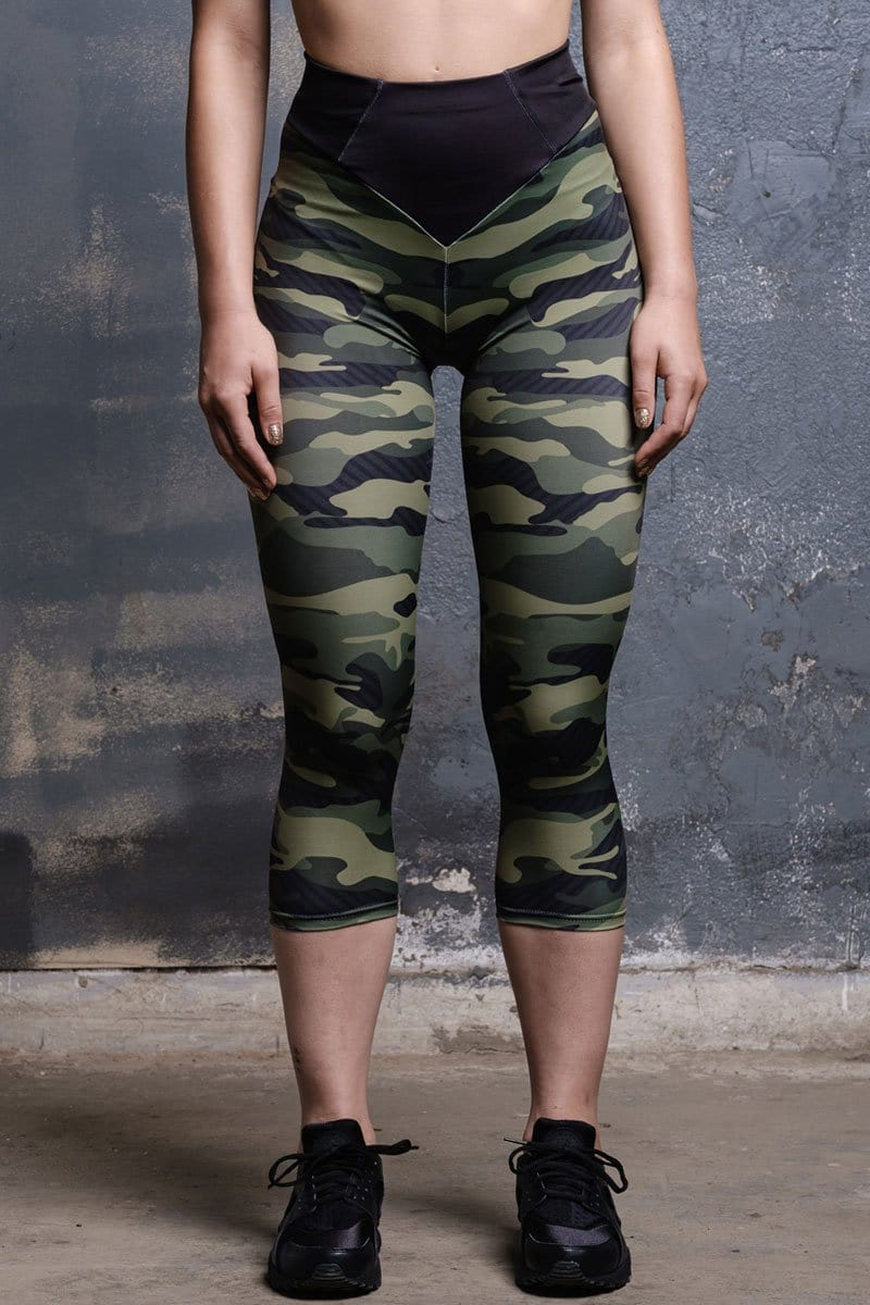 camo-capri-leggings