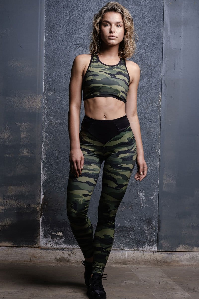 devil-walking-camo-leggings