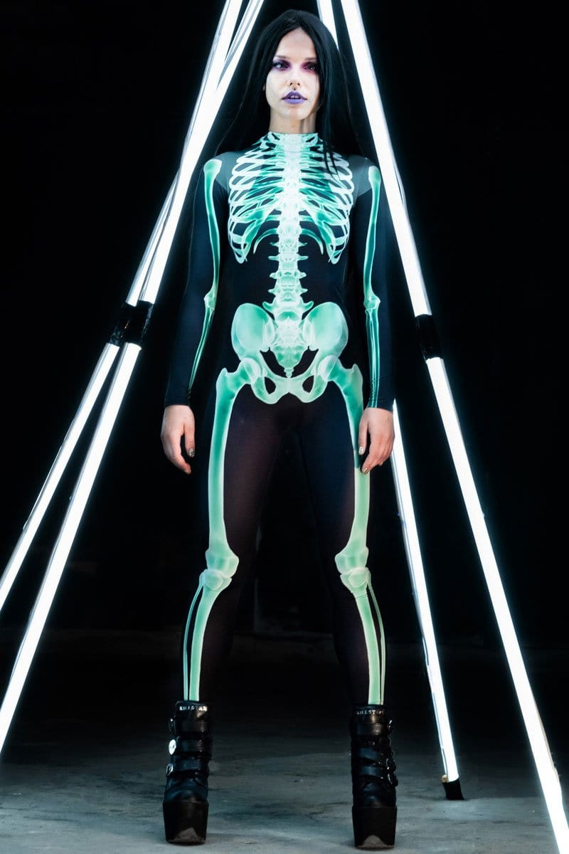 devil-walking-green-skeleton-costume