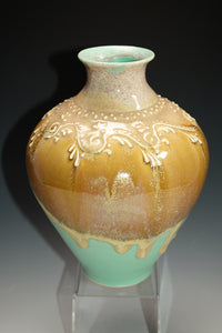 Slip Trailed Beachy Vase