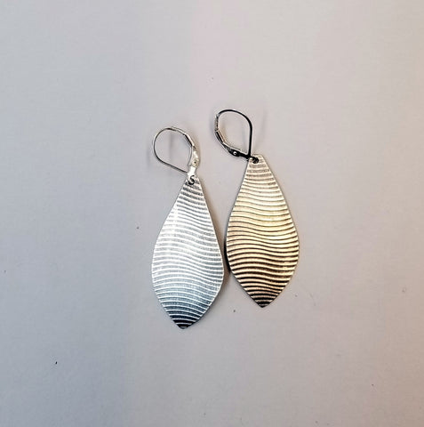 Wavy Line Teardrop Earrings
