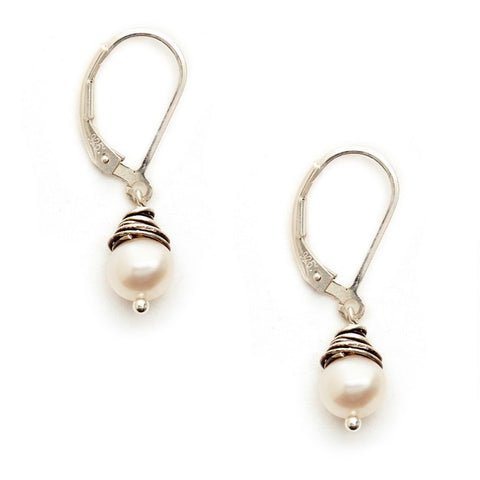 Pearl and Sterling Wire Earring