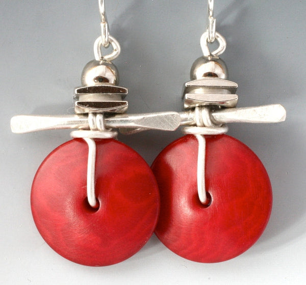 Tagua Nut Wildlflower Earrings in Red