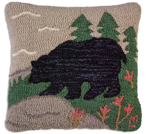 Hooked Wool Pillow - Woodsy bear