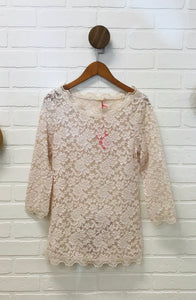 LAND LACE TOP
