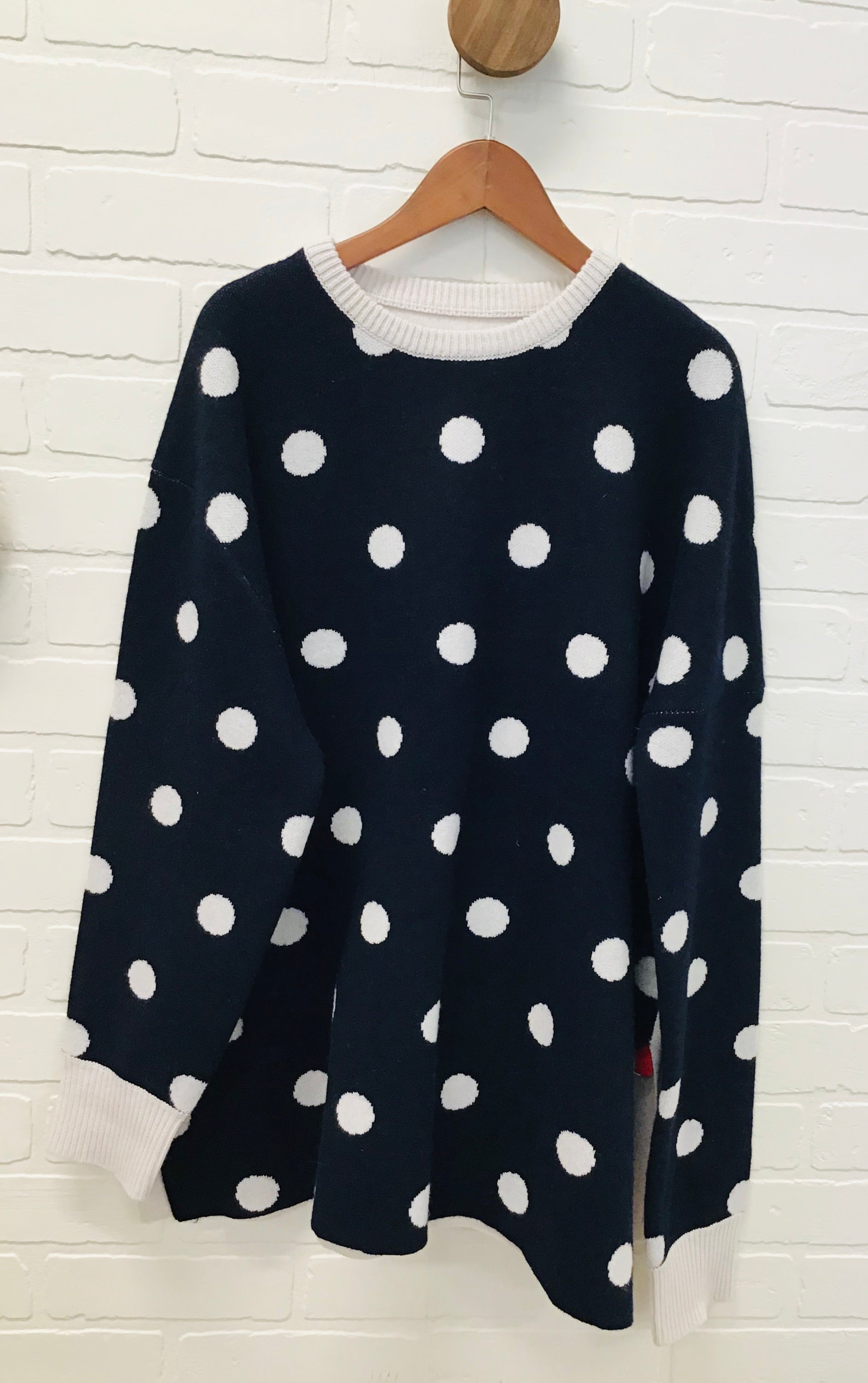OUSH D235 POLKA DOT SWEATER