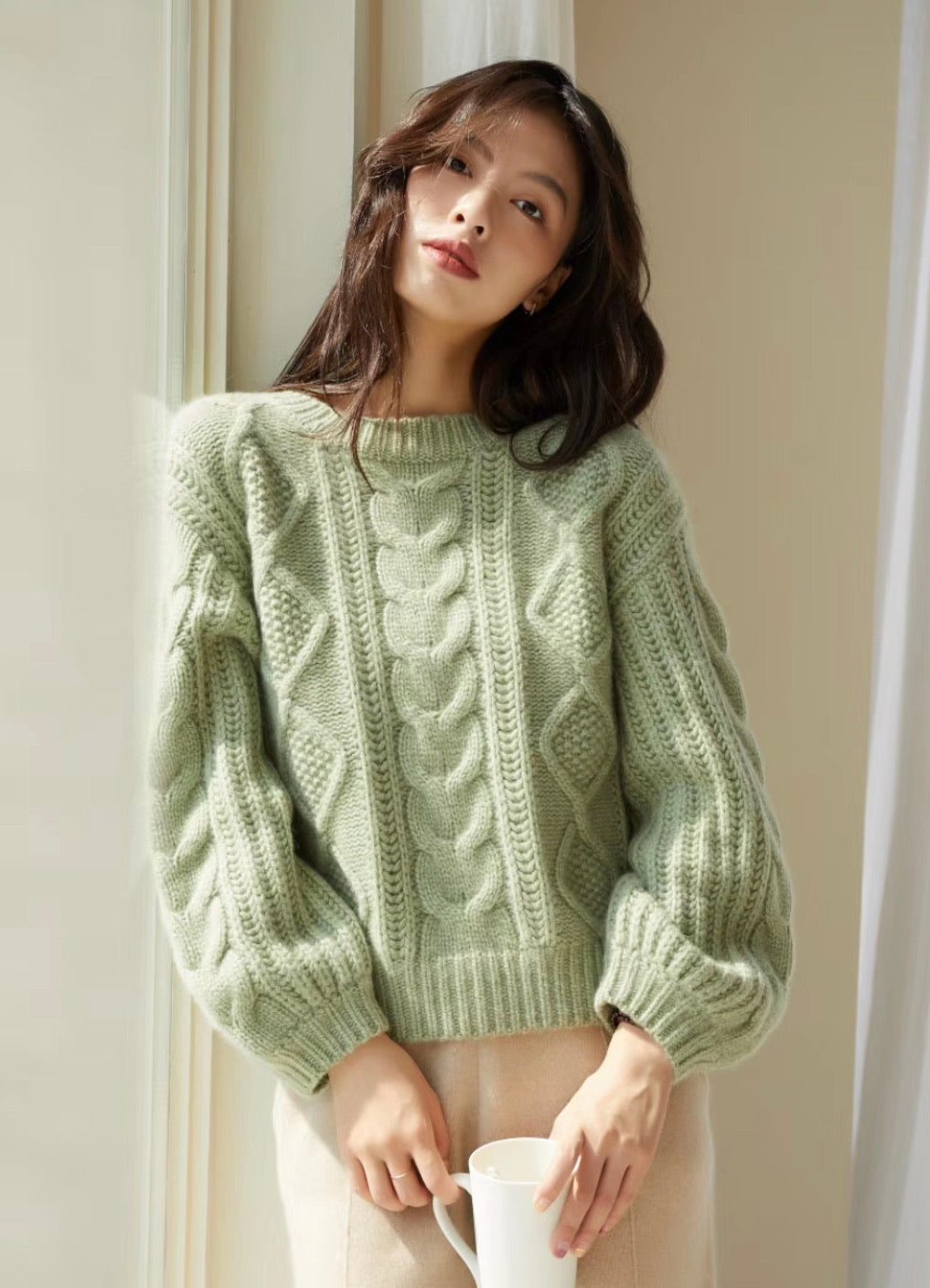 CHEN 19048 CABLE CASHMERE SWEATER