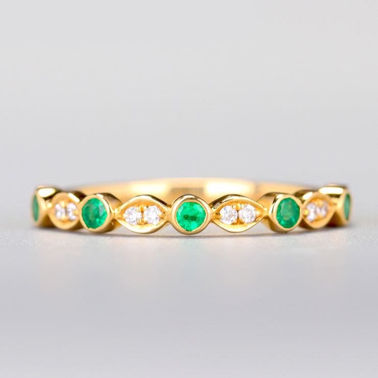 Wiley Hart Precious Love Green Sapphire Wedding Ring Wedding Band in Gold or Silver