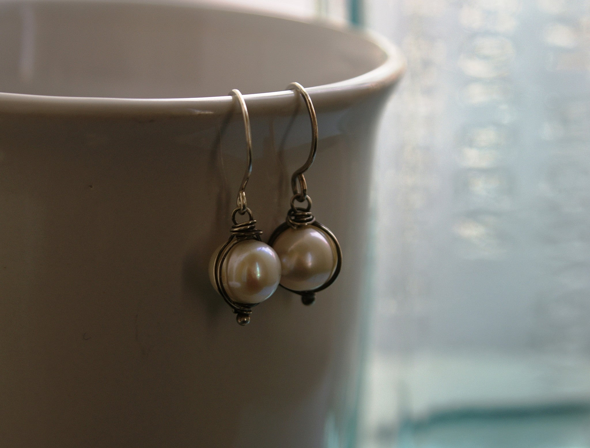 Silver Wrap Pearl Earrings