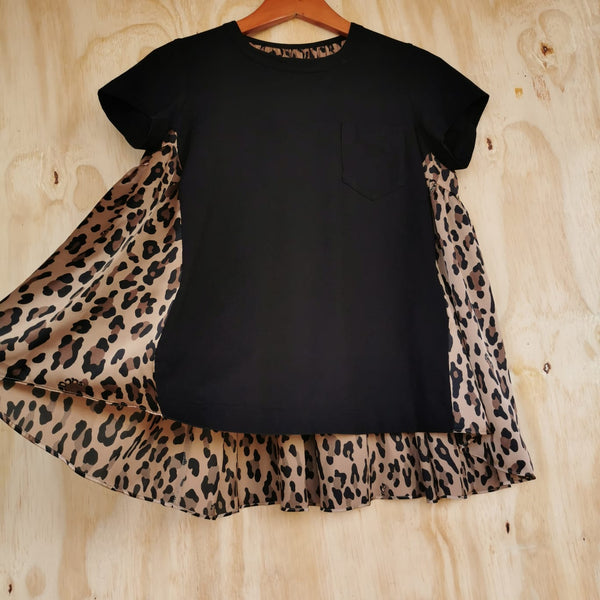 SACAI BLACK COTTON T FRONT LEOPARD PRINT SILK BACK