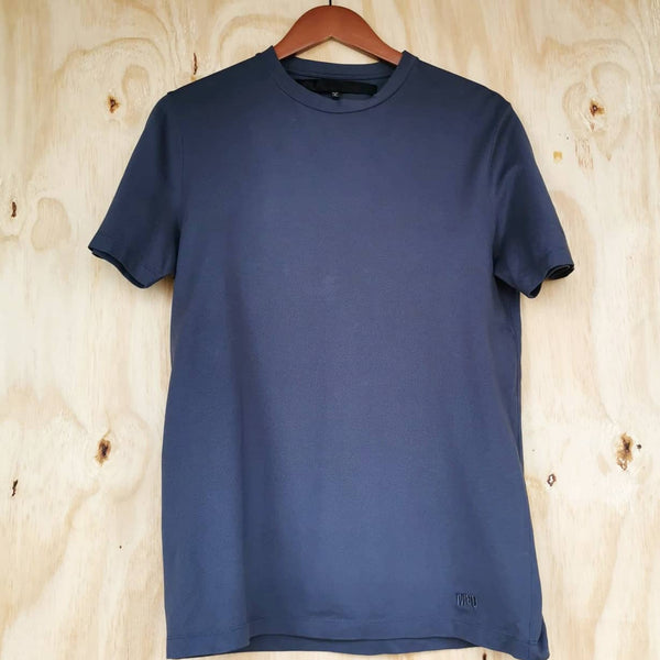 ALEXANDER McQUEEN GREY TECH FABRIC T SHIRT