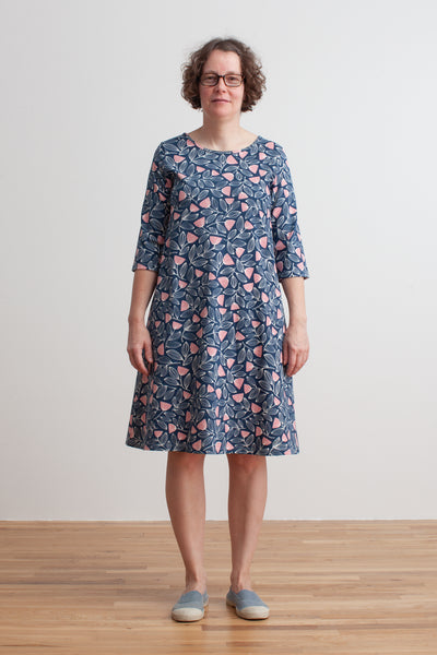 Women's Helsinki Dress - Holland Floral Midnight Blue & Dusty Pink