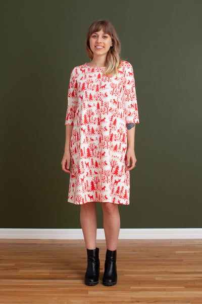 Women's Helsinki Dress - Winter Scenic Red