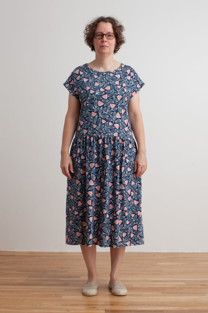 Women's Idaho Dress - Holland Floral Midnight Blue & Dusty Pink