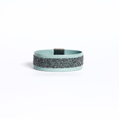 Magnet Cuff Sky Chrome