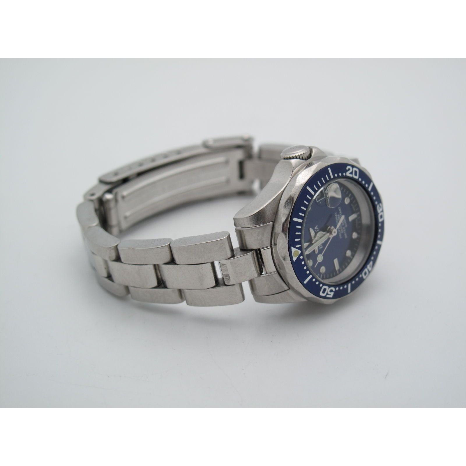 Invicta Ladies Professional Navy Blue Date Dial Stainless Steel Watch 9177A