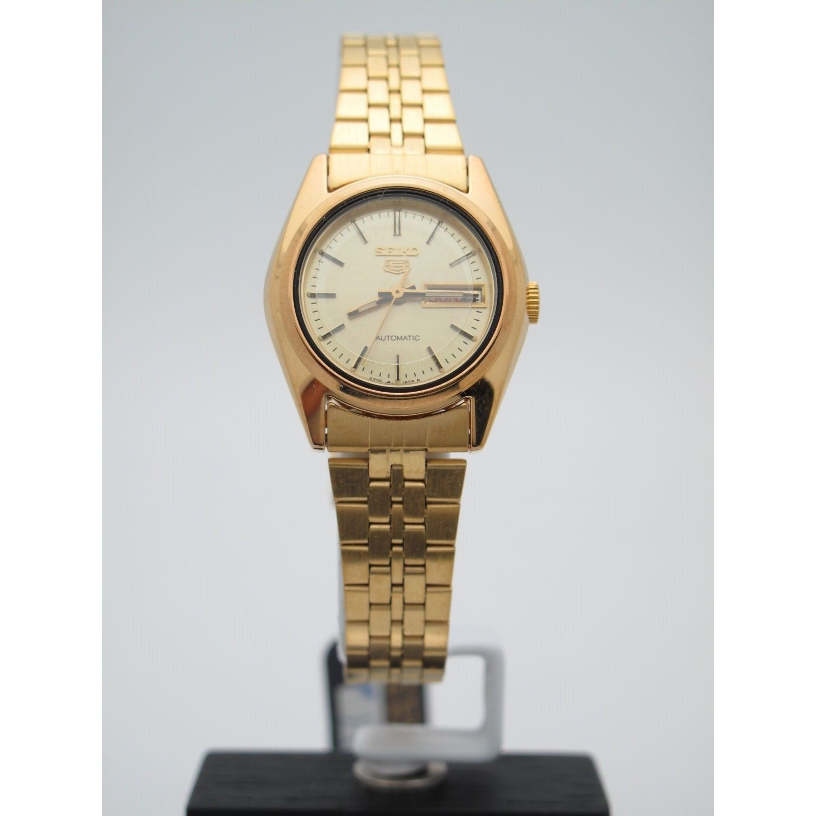 Seiko Ladies Gold Stainless Steel Gold Tone Dial Watch 080605