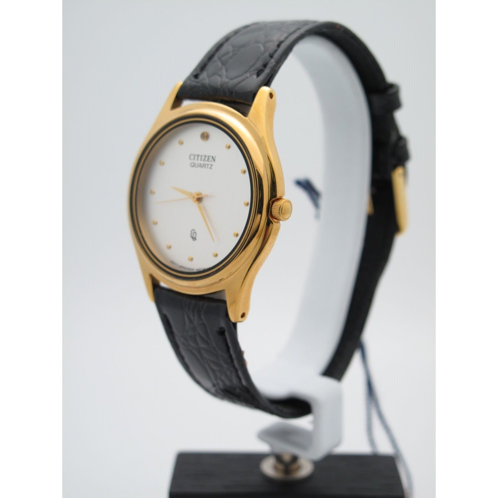 51ca0b93790 Citizen Men s Gold Stainless Steel Silver Dial Black Leather Band Watch  11100015