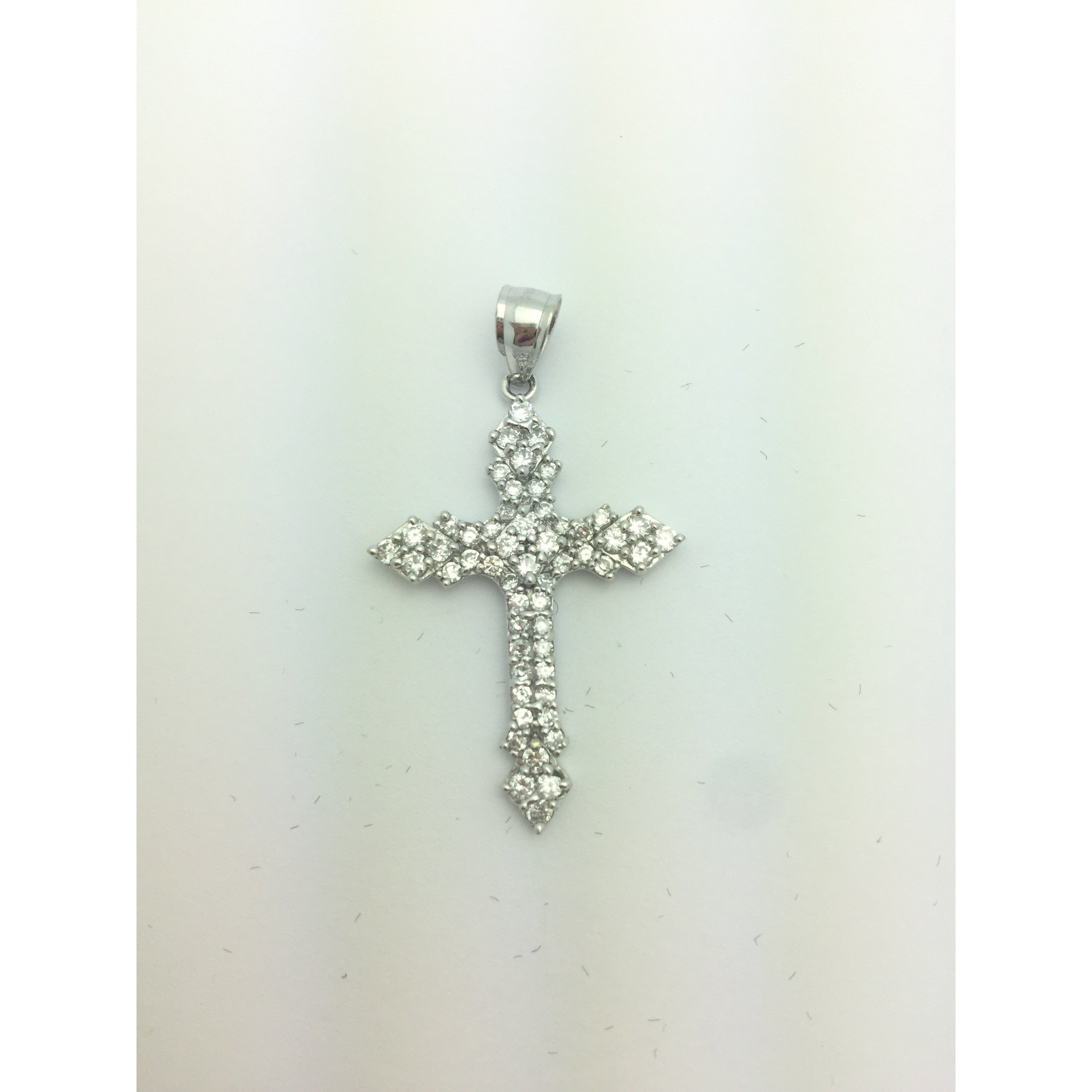 CHAR016 14K WHITE GOLD CROSS PENDANT WITH CZ STONES