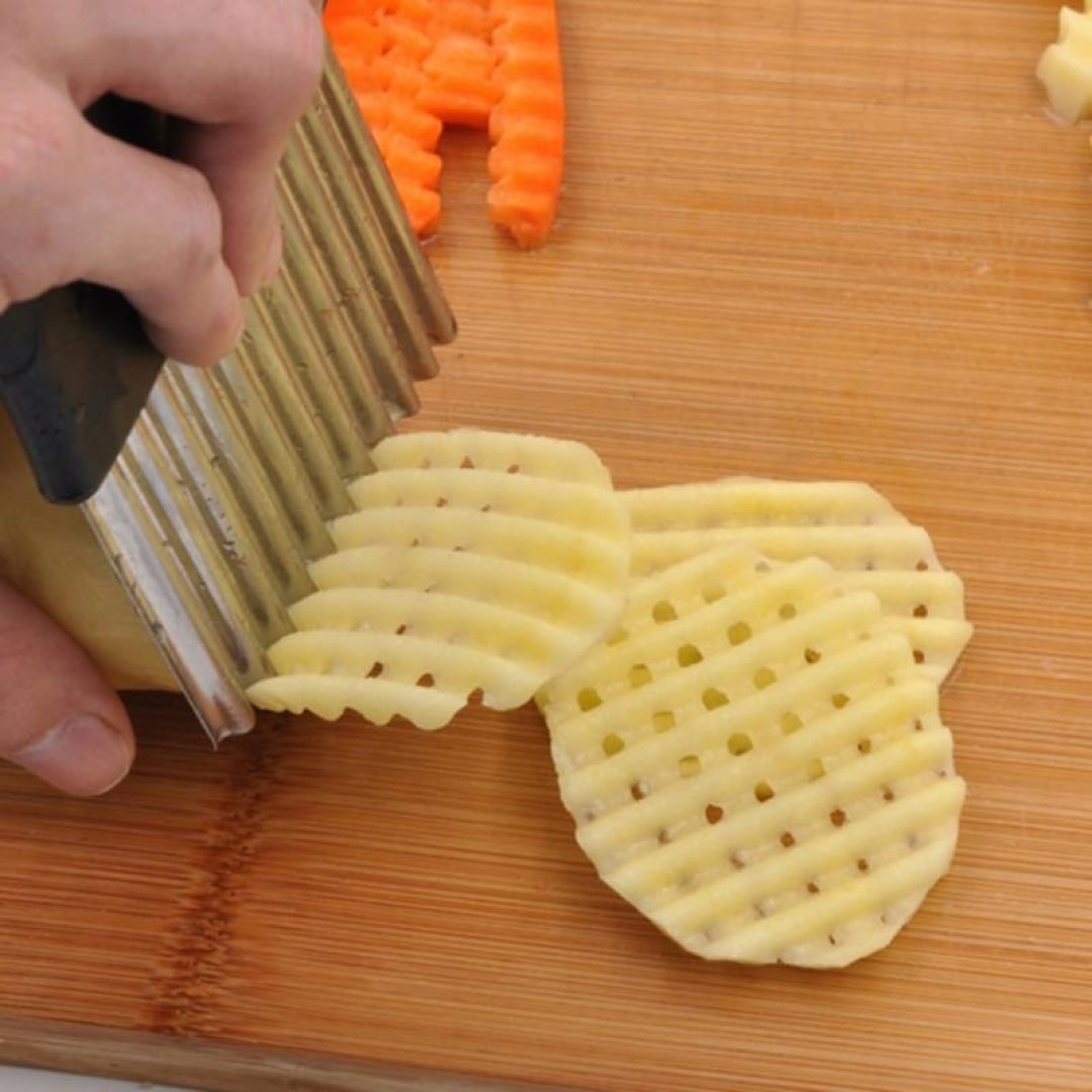 Crinkle Cutting French Fry Slicer - Novel Buys