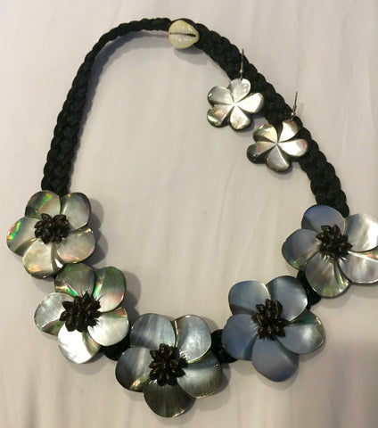 Shining Ebony Mother-of-Pearl Polynesian Necklace and Earrings
