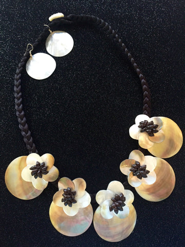Mother-of-Pearl Iridescent Polynesian Necklace and Earrings