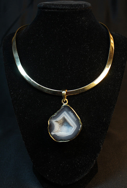 Geode Pendant and Neckwire