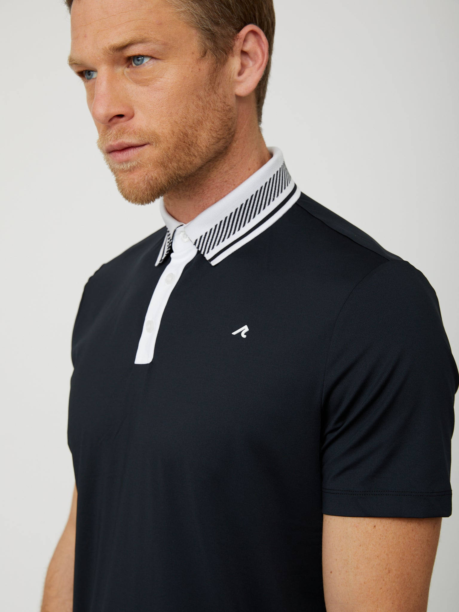 Truet Polo in Black