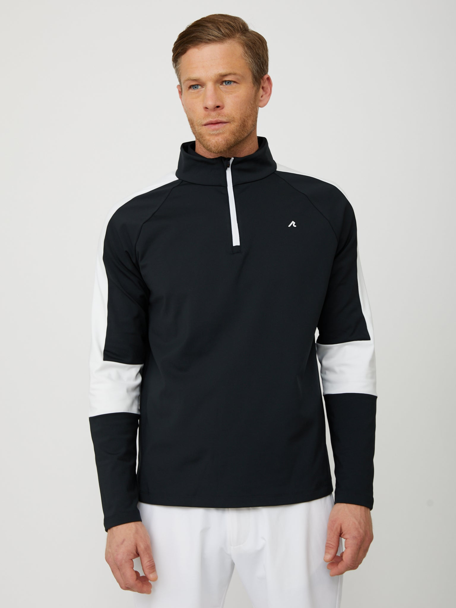 Fowler Quarter Zip in Black/White