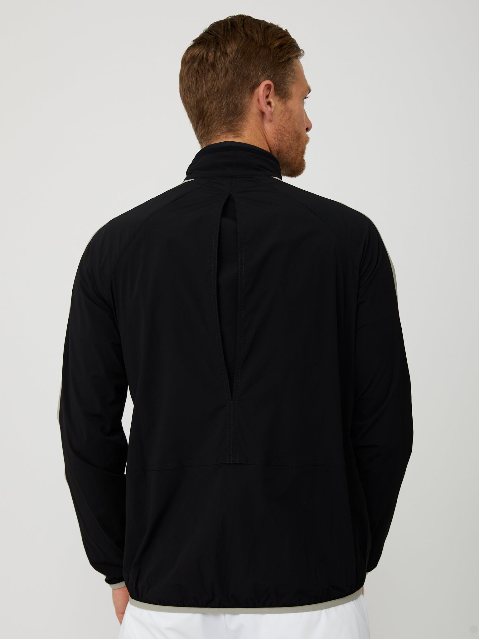 Conrad Windbreaker in Black/Paloma