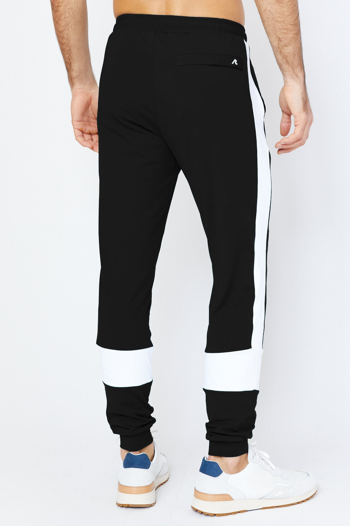 Maiden Jogger in Black/White