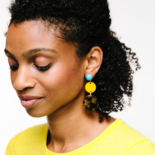 handmade womens tortoise and yellow circle earrings katie bartels