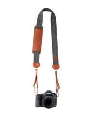 David Walker reviews FOTO's genuine leather camera strap the Fotostrap.