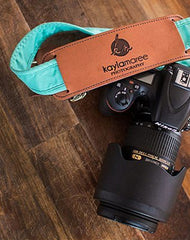 Instagrammer Kayla Maree reviews FOTO's genuine leather camera strap the Fotostrap.