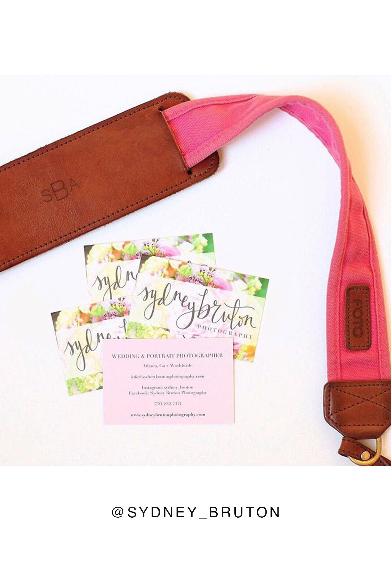 FOTO | Hibiscus Fotostrap - a hot pink canvas and genuine leather camera strap that can be personalized with a monogram or business logo, making it the perfect personalized gift!