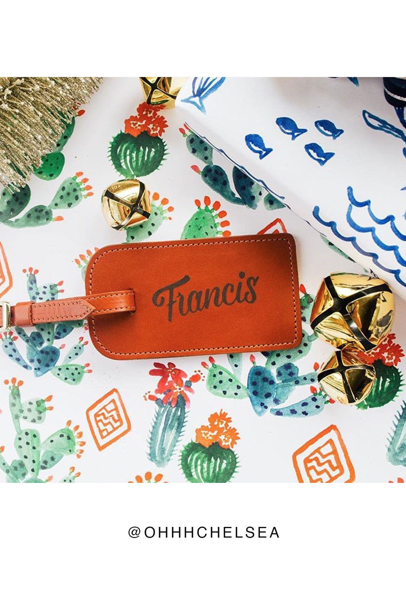 FOTO | Cognac Leather Luggage Tag - genuine leather luggage tag that can be personalized with gold foil initials, a monogram or business logo making it the perfect personalized travel gift.