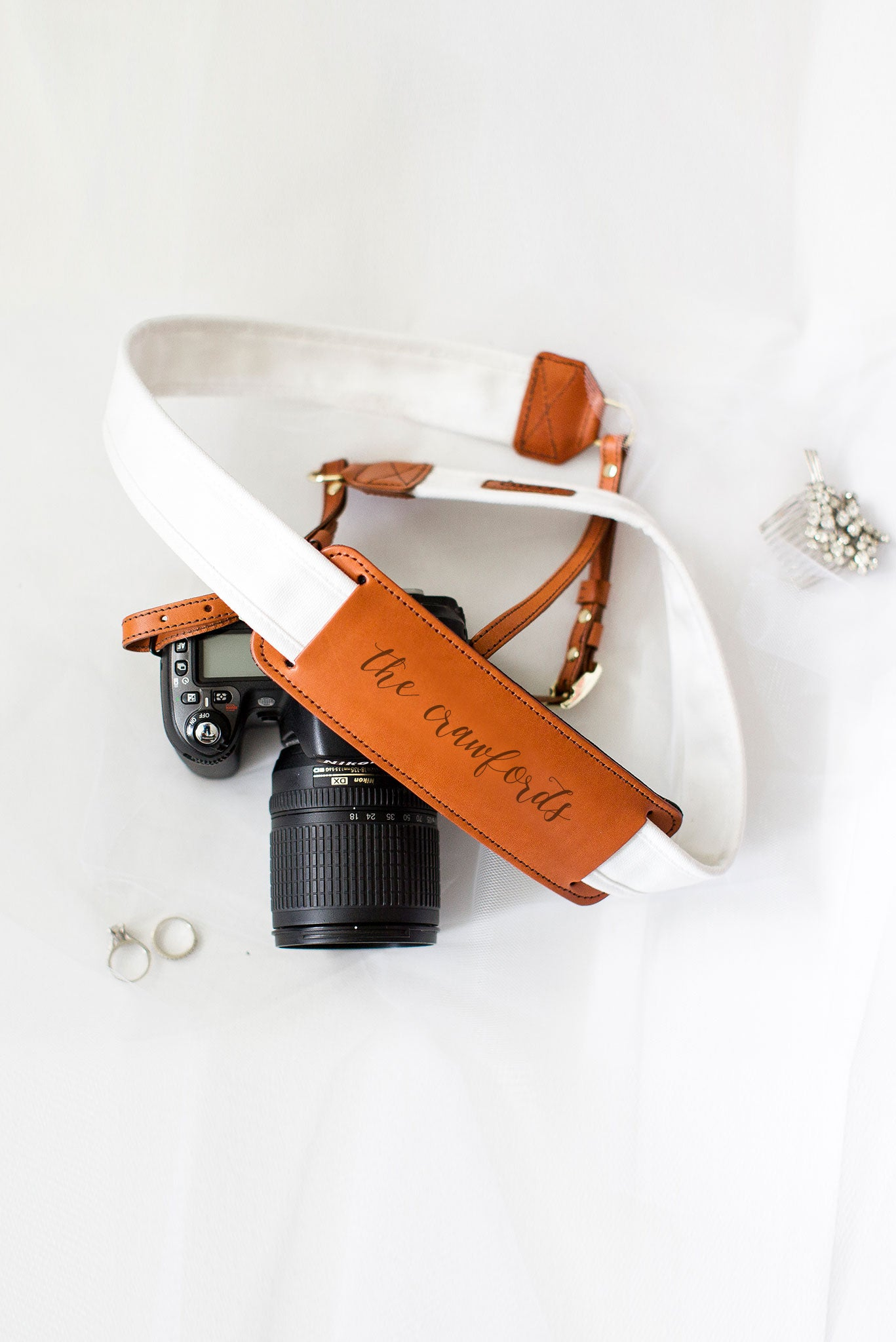 FOTO | The Artist Fotostrap for Newlyweds - a white canvas and genuine leather camera strap that can be personalized with a monogram or personal graphic, making it the perfect personalized gift!