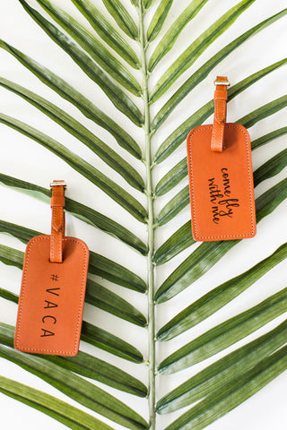 FOTO | Cognac Leather Luggage Tag for Travel - genuine leather luggage tag that can be personalized with gold foil initials, a monogram or business logo making it the perfect personalized travel gift.