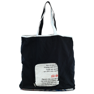 Heart Slogan Zip Tote