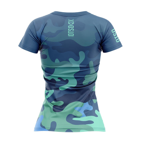 Short sleeve t-shirt for women from the Otso brand with Blue Camo print. Rear photo