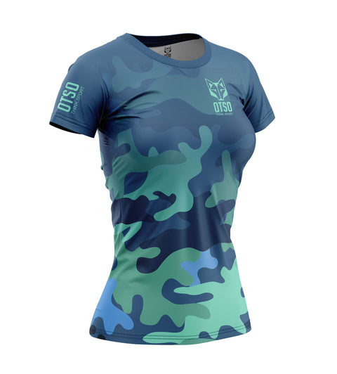 Short sleeve t-shirt for women from the Otso brand with Blue Camo print. Front photo