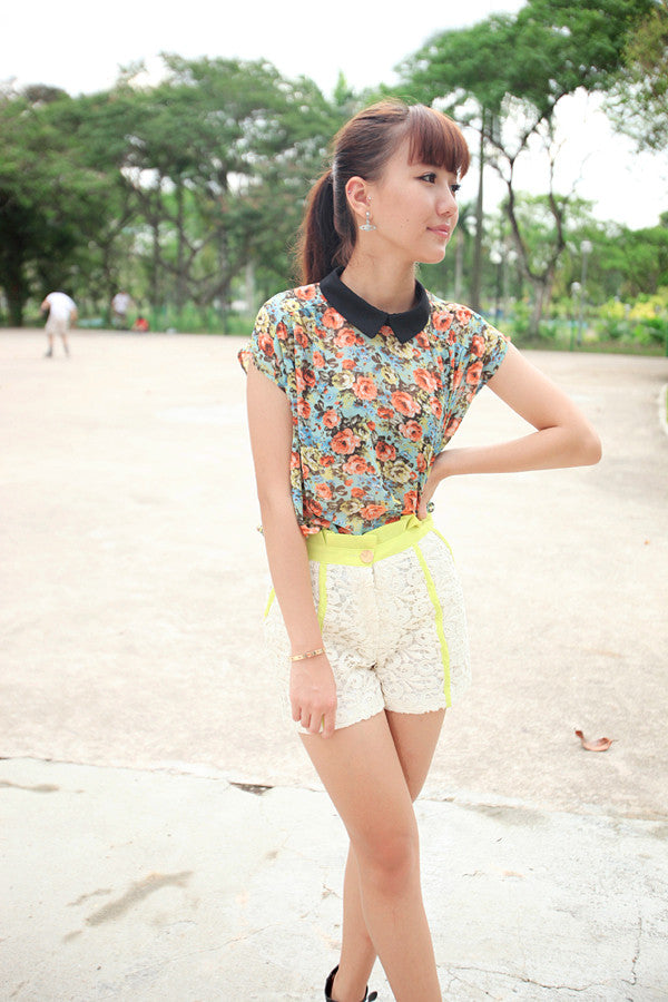 Floral Print Top with Colour Block Collar